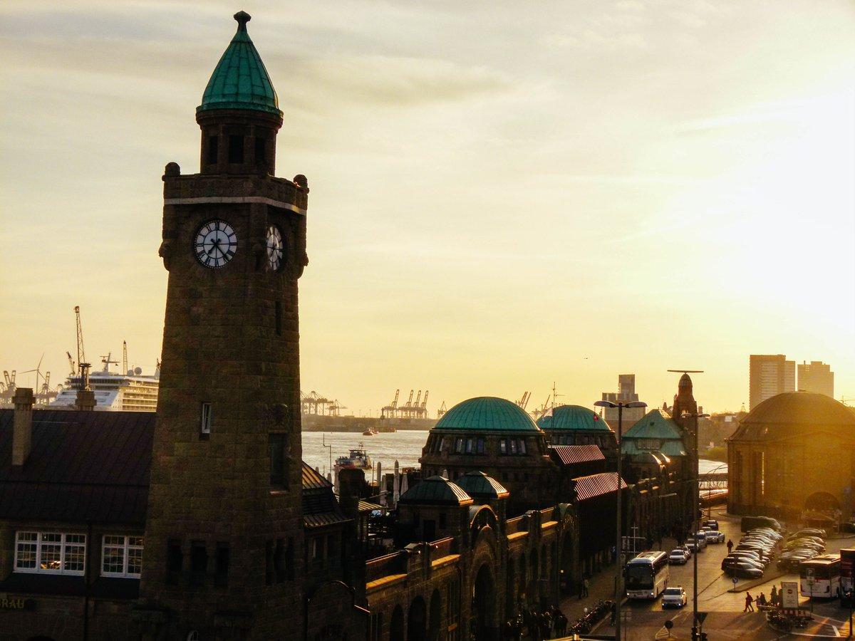 The Latest from the Blog: How #Hamburg stole my heart - Ein Hoch auf Hamburg!  http:// buff.ly/2qoUx6V  &nbsp;   #visithamburg @GermanyTourism<br>http://pic.twitter.com/PcUFvHlOHC