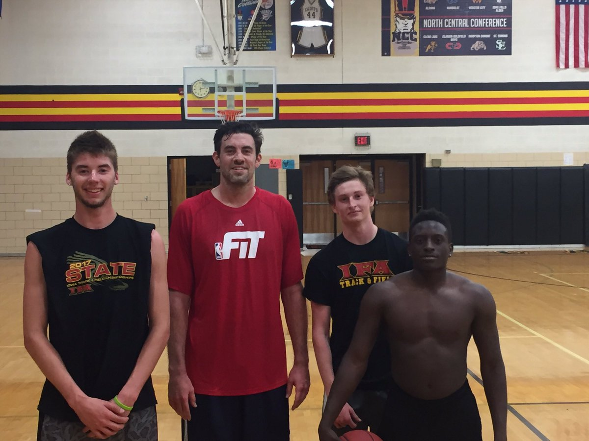Had @nickcollison4 back in the building working with some Cadets today!