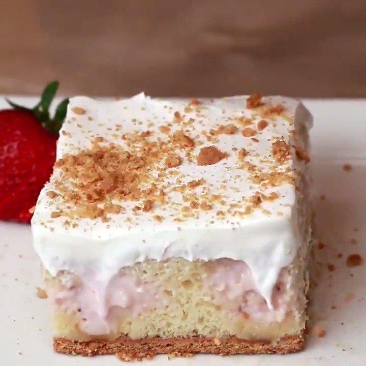 Strawberry Cheesecake Poke Cake https://...