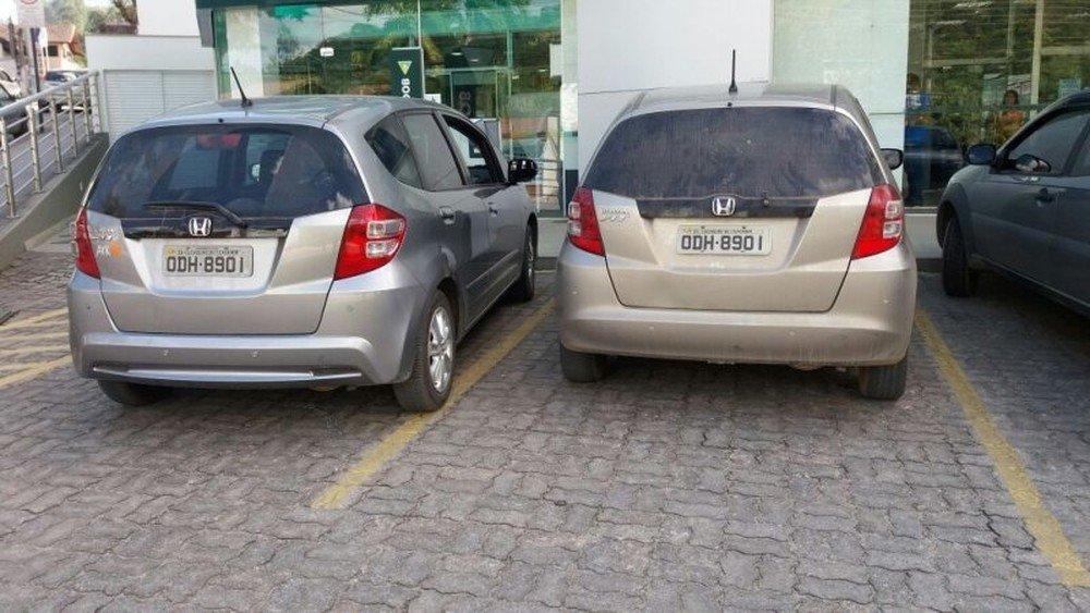 Motorista estaciona ao lado de 'clone' do próprio carro em vaga de agência bancária no ES https://t.co/jCI8wBF63q #G1