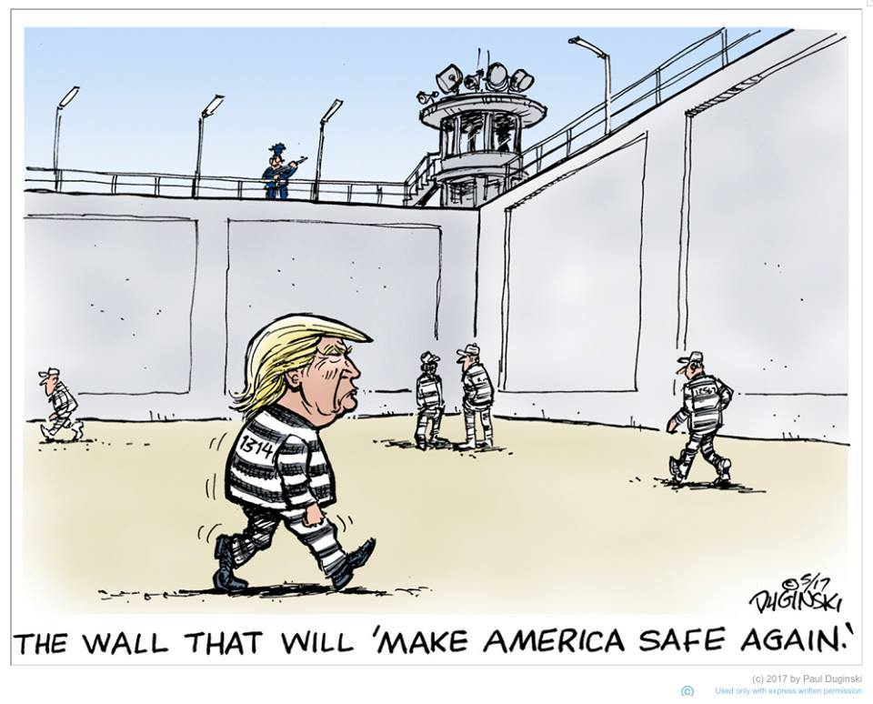 @kylegriffin1 @LedJEFFlin Trump is at it about building a wall again #PhoenixRally  https://t.co/tD0V5hP4eO