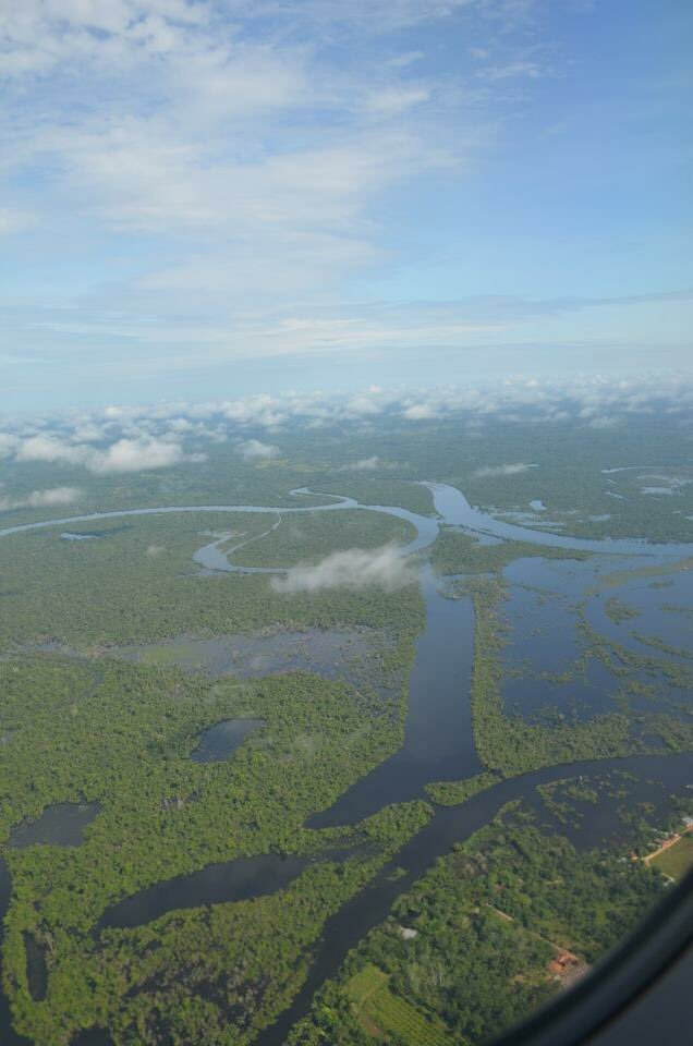 Flying into the Amazon for lifetime memories!  #boat #river #amazon #jungle #adventure #fun #través #lodge #discovery #rainforest #sature <br>http://pic.twitter.com/1zxmpyuQcu