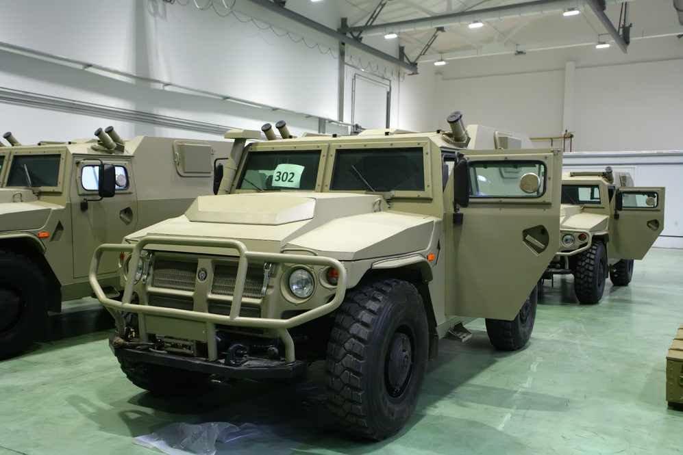 الجزائر تطلب صواريخ Kornet-EM محموله على شاسيه عربه Tiger  DBO29f1XoAAibrd