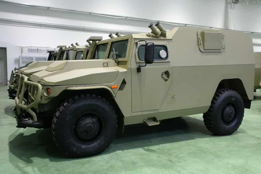 الجزائر تطلب صواريخ Kornet-EM محموله على شاسيه عربه Tiger  DBO29f4XsAAuglF