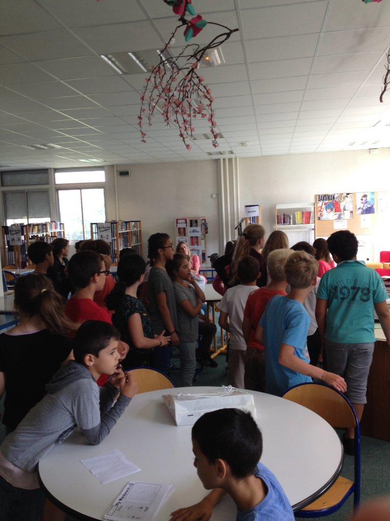 Après les ateliers présentation du CDI lieu inconnu des élèves du primaire @ https://t.co/eIE05777F2