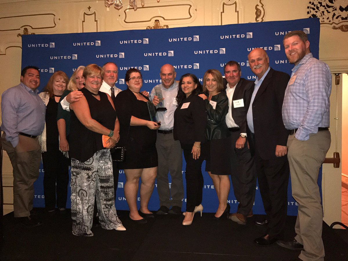 Congratulations United Ground Express stations CRP, HOB and SBA for winning the Quality First Award! #beingunited @weareunited