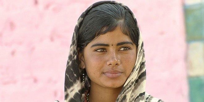 🇵🇰 #Pakistan 19 ans et condamnée à mort par lapidation pour avoir été violée sous la menace d'une arme à feu. https://t.co/cOCX5YUlLT