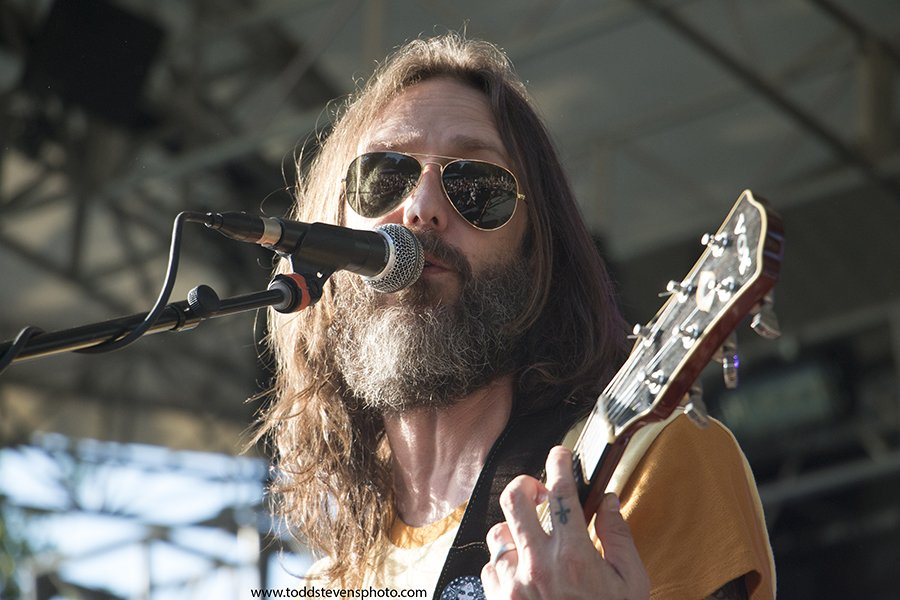 Gallery: Chris Robinson Brotherhood Live in Central Park https://t.co/jeAkWCle1I https://t.co/vo27aJyqrm