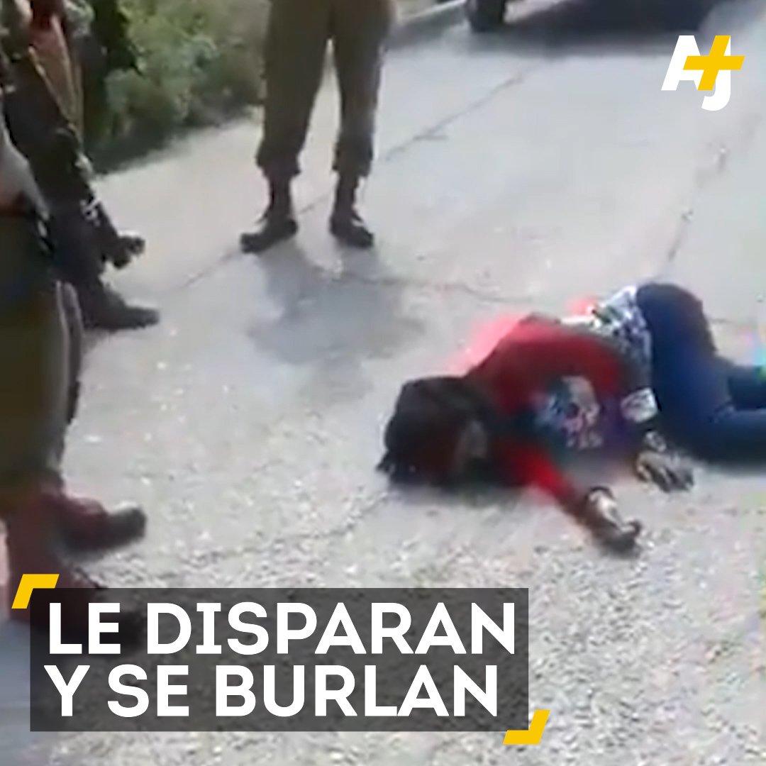 Una niña palestina se retuerce de dolor al borde d la muerte entre risas de los q la miran. #Asesinos .@ONU_derechos https://t.co/cjOKYZ8xgF