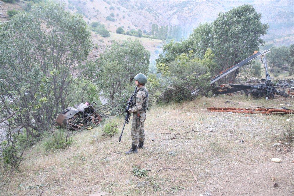 В Турции разбился вертолет с высокопоставленными военными на борту