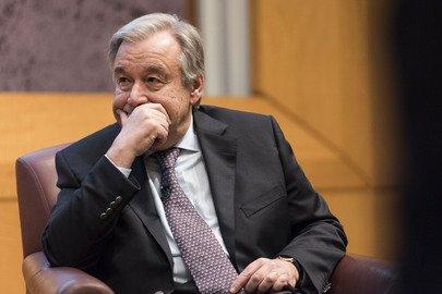 Portavoz de Secretario General de #ONU sobre decisión #EstadosUnidos :Retirarse de #AcuerdoDeParis  #NoticiasONUMx  https://t.co/R5vvwu3E53 https://t.co/kC179bkGWc
