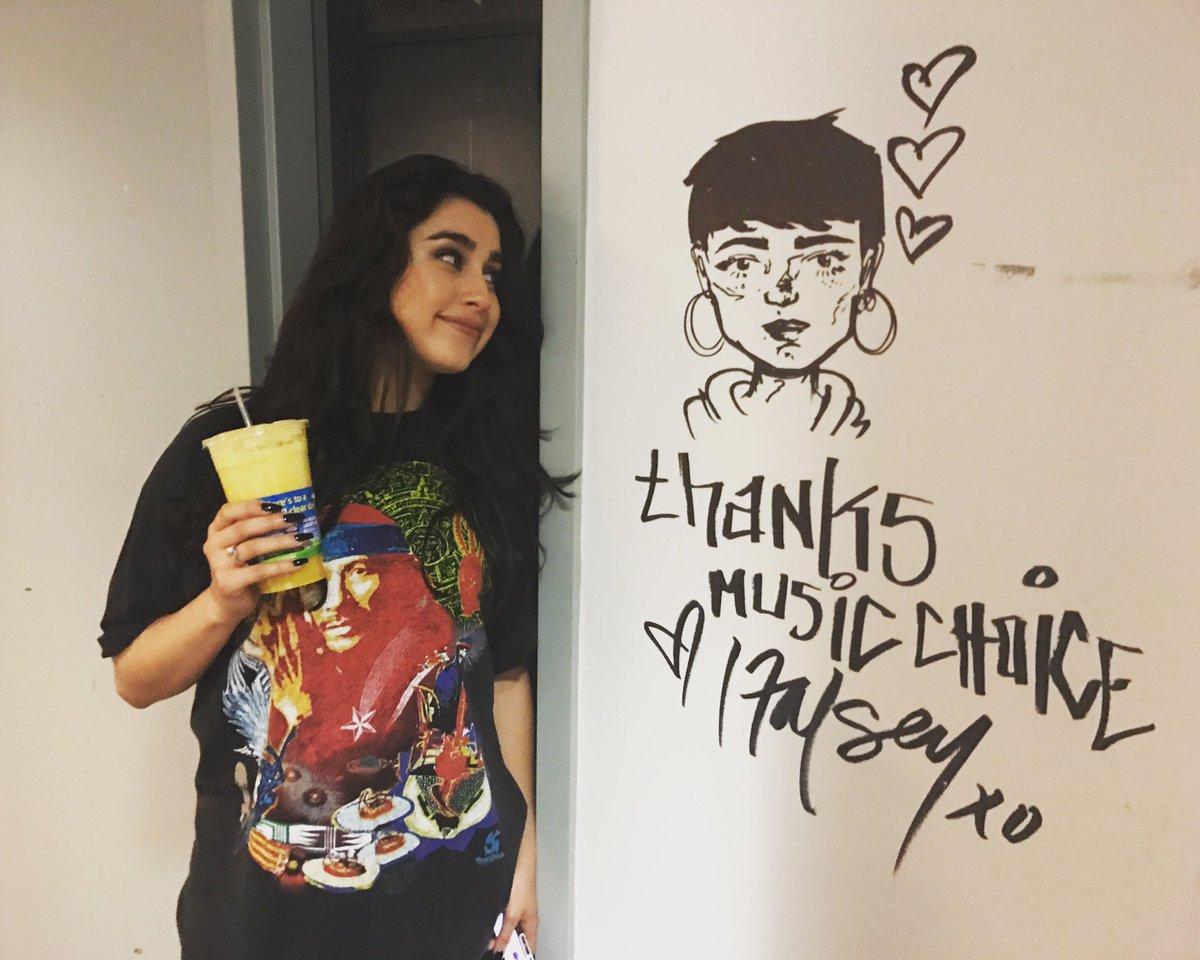 Art appreciation. @laurenjauregui & @halsey wall art. #FifthHarmony #5H #Halsey