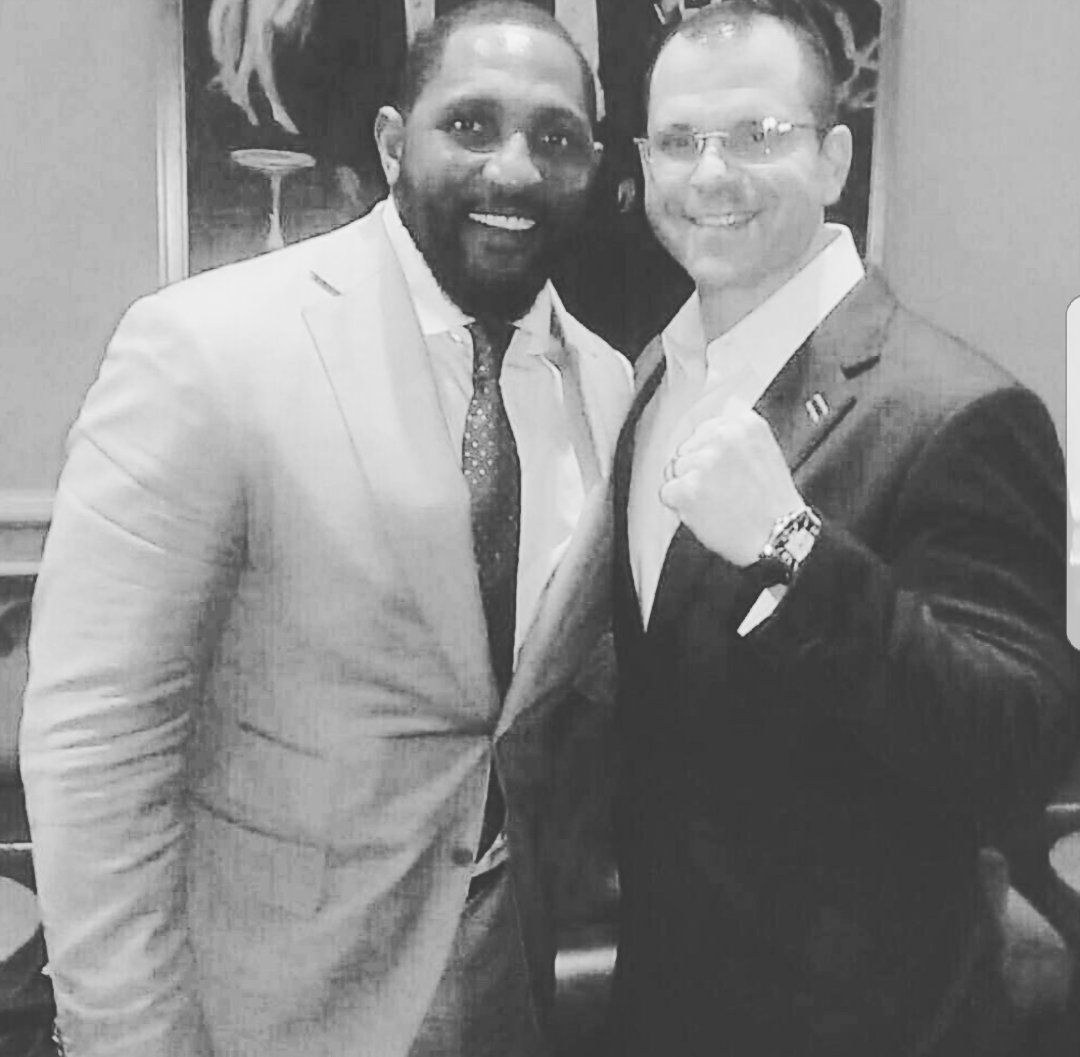 #TBT   Sharing the stage last year with my guy @raylewis for The #INTENTIONAL #GREATNESS #LEGACY Tour. https://t.co/m9xgfAGWcF