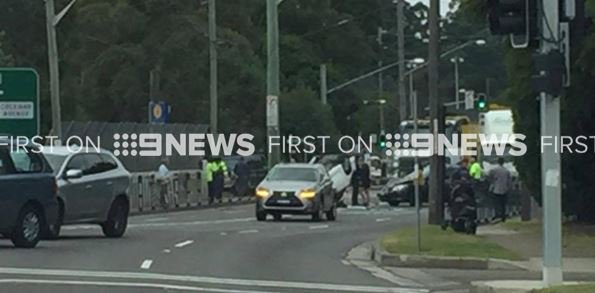 Pennant Hills Road Carlingford : TRAFFIC ALERT car accident Pennant