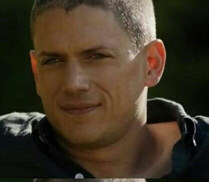 Happy Birthday Wentworth Miller      I wish you all the best Kisses from Argentina