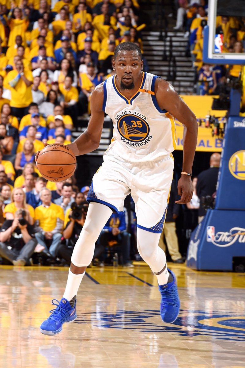 8fb0ff5e22ba Kevin Durant joins Kobe Bryant (2009) as the only players with at least 38  PTS