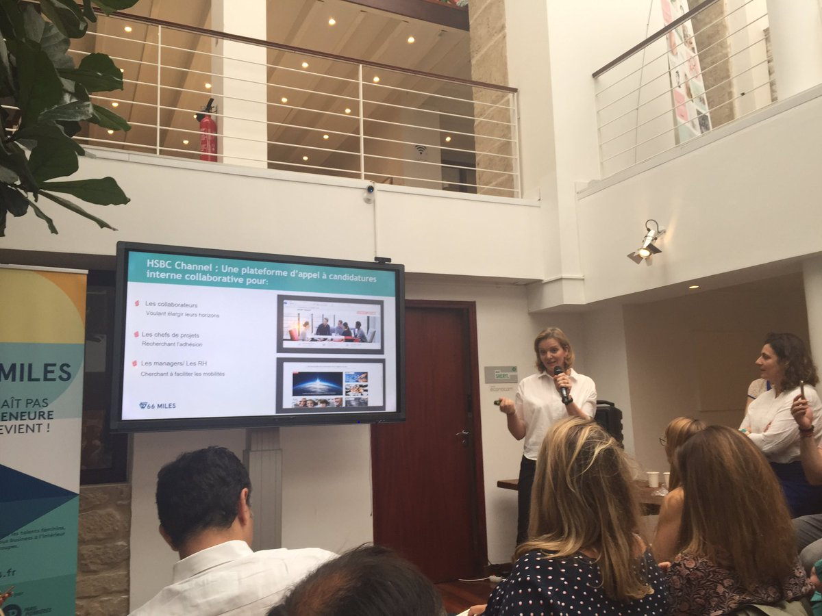 Odile Thomas Intrapreneure Banker @HSBC  Encore 1 startup pour favoriser la #collaboration  @fivebyfiveio @ParisPionnieres #66miles <br>http://pic.twitter.com/Vo36HtSbNR