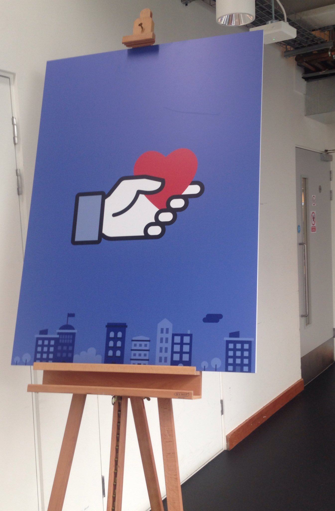 Thrilled to be at social good summit talking all things Facebook and Instagram at @facebook London. Thanks @MisfitsMedia #FBsocialgood https://t.co/94tcBZw34c
