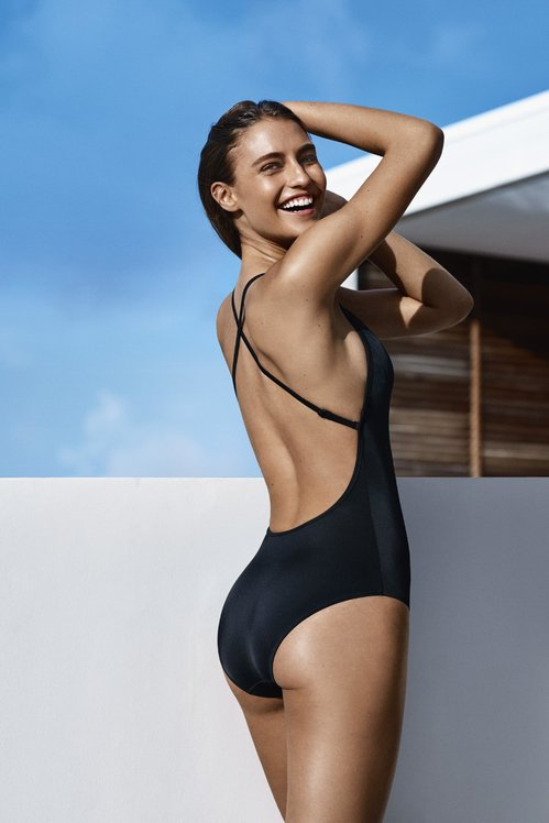 #Fashion: #swimwear #UNIQLO x #Princessetamtam Little Black #swimsuit | Vogue  http:// po.st/MO0lFb  &nbsp;   via @VogueParis<br>http://pic.twitter.com/DmahYfrzun