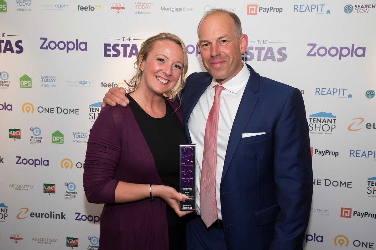 We&#39;re the Best Estate Agent in #Gloucestershire, thanks to you! #ESTAS  http:// cookresidential.co.uk/Blog/proud-est as-winners-for-the-fourth-year-running &nbsp; … <br>http://pic.twitter.com/OVDvtUlWhW