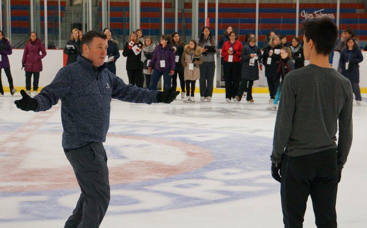 Брайан О́рсер / Brian Orser & Toronto Cricket Skating Curling Club - Страница 3 DBVffw1U0AAkBMa