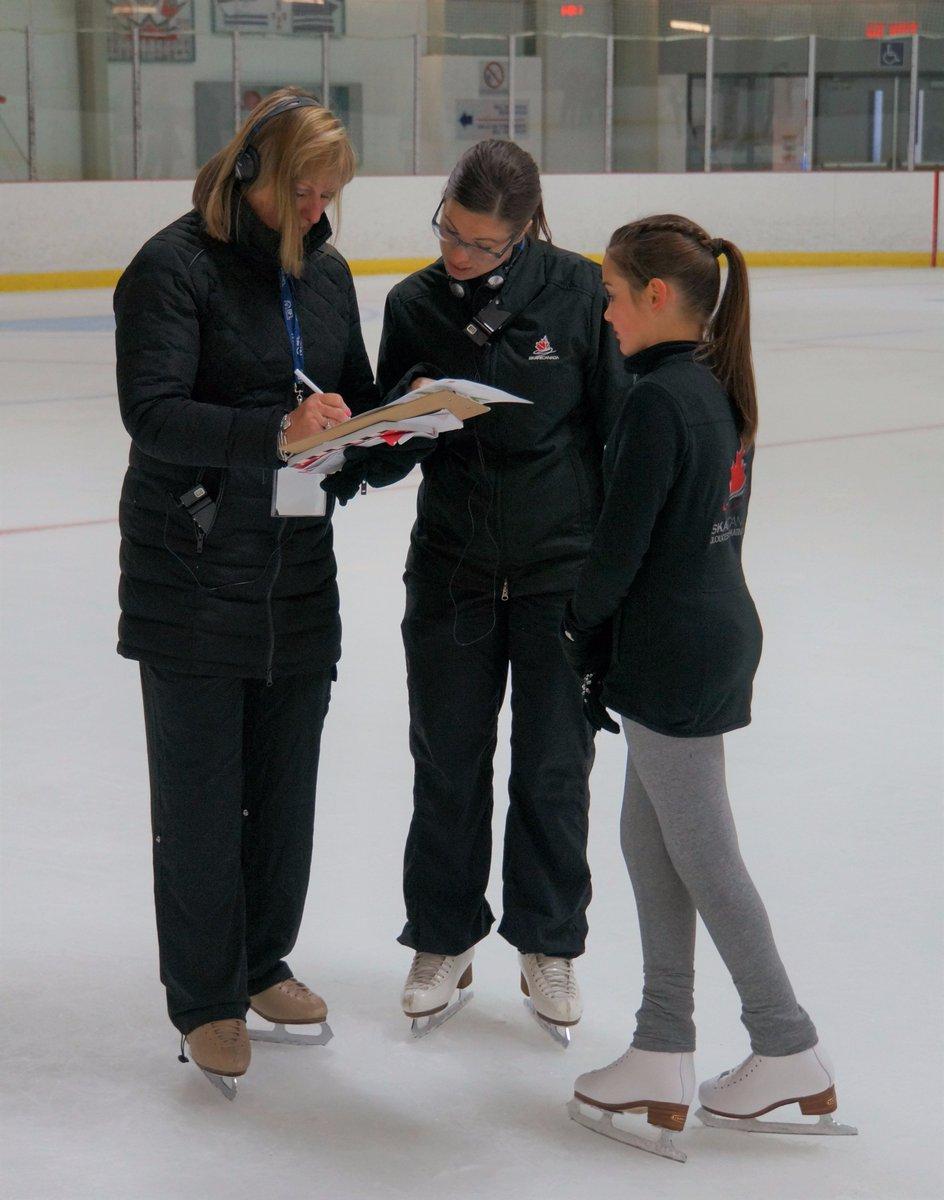 Брайан О́рсер / Brian Orser & Toronto Cricket Skating Curling Club - Страница 3 DBVfhutVwAM0uY2