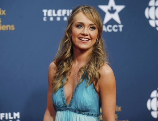"Celebrity Birthday: Today is TV Actress \s Birthday! "" HAPPY BIRTHDAY AMBER MARSHALL \"""