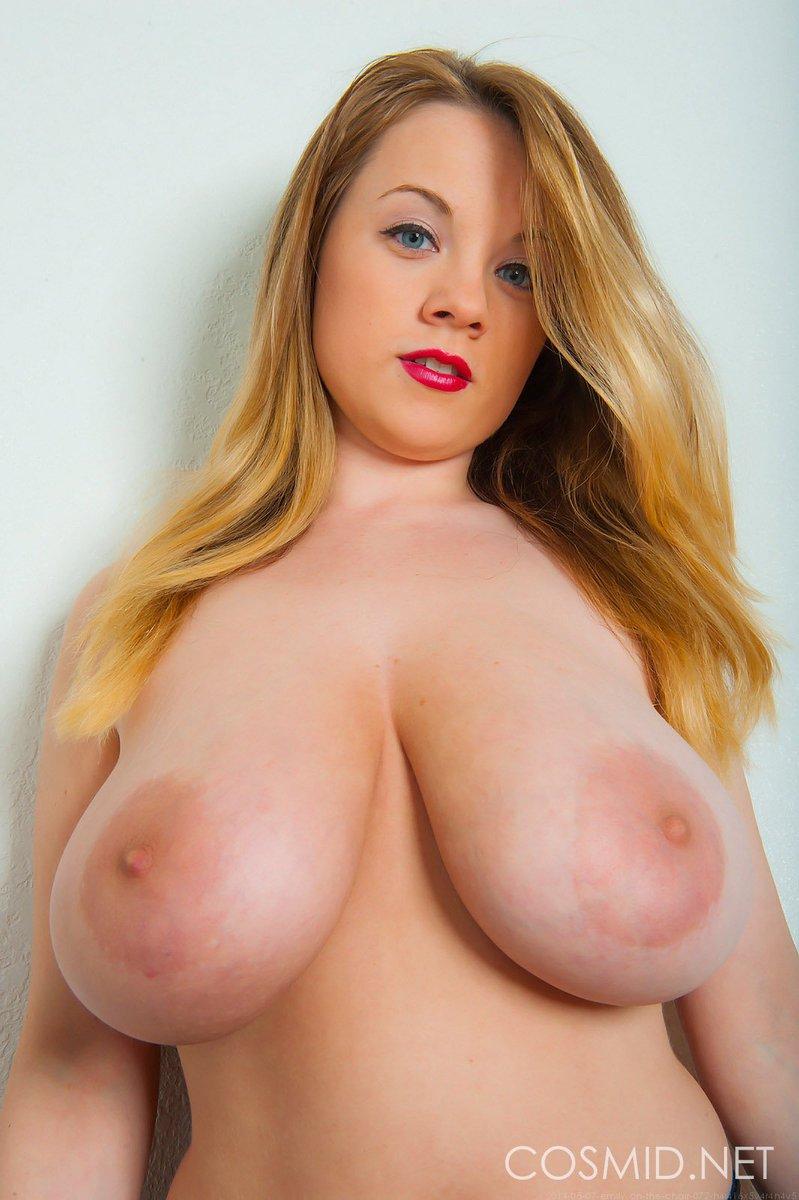 Teen Huge Tits Gets Fucked