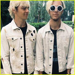 RT @CodyMartin1223: Ross Lynch & Riker Lynch Wear Matching Outfits For New Addictions https://t.co/69uW81t2MZ
