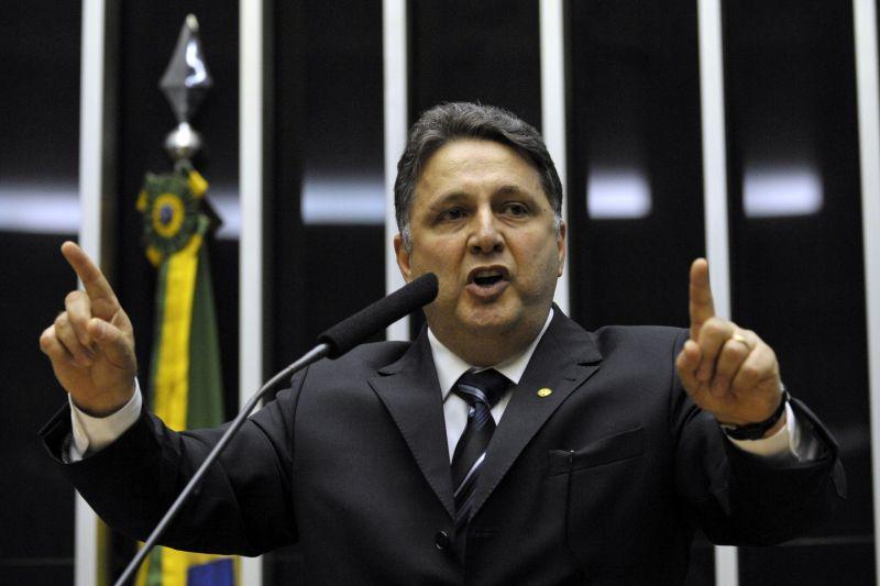 TSE nega habeas corpus para casal Garotinho e o presidente do PR. https://t.co/jMh7j81QTO 📷 Arquivo/ ABr