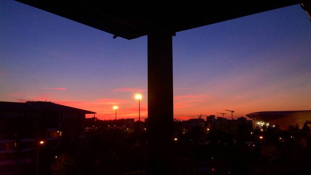 Je brûle pour toi #view #Toulouse #terrasse #panoramic #bytoulouse #battleciel #sunset #dinerenterrasse #sud #bonnesoiree #colorful #pinkci…pic.twitter.com/6qho8ywiNa