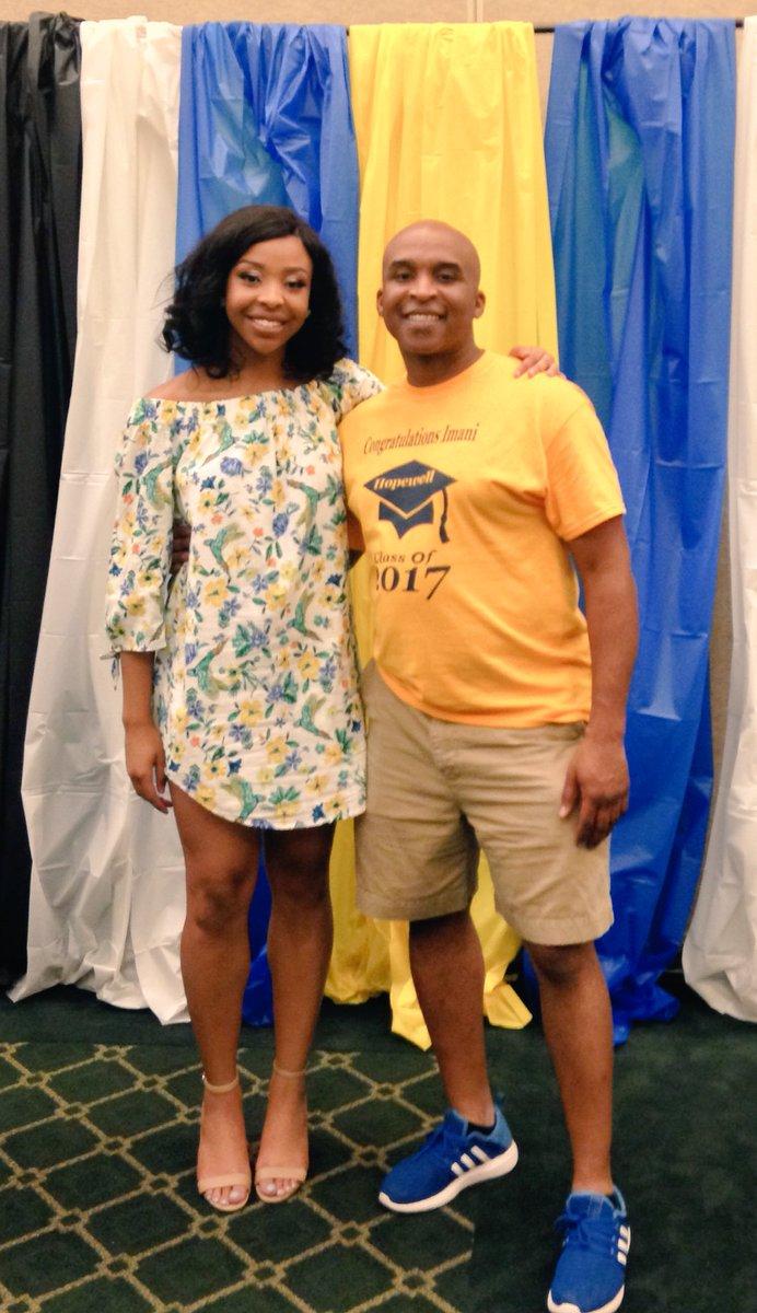 @itseasy99 Congratulations on your daughter&#39;s @CharMeckSchools #graduation2017 #endorsements <br>http://pic.twitter.com/NssXqI5iwH