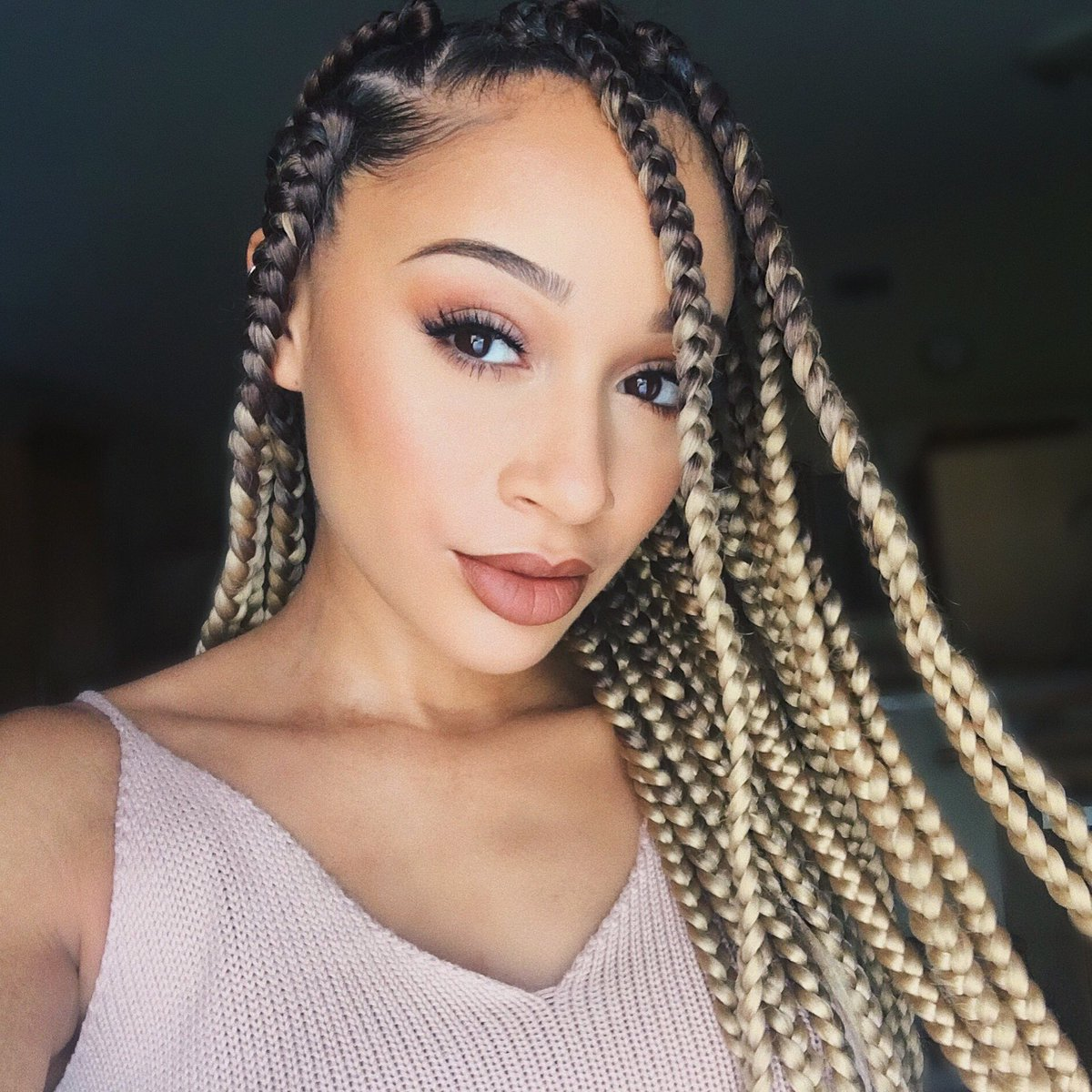 "Lisette on Twitter: ""Braids are back"