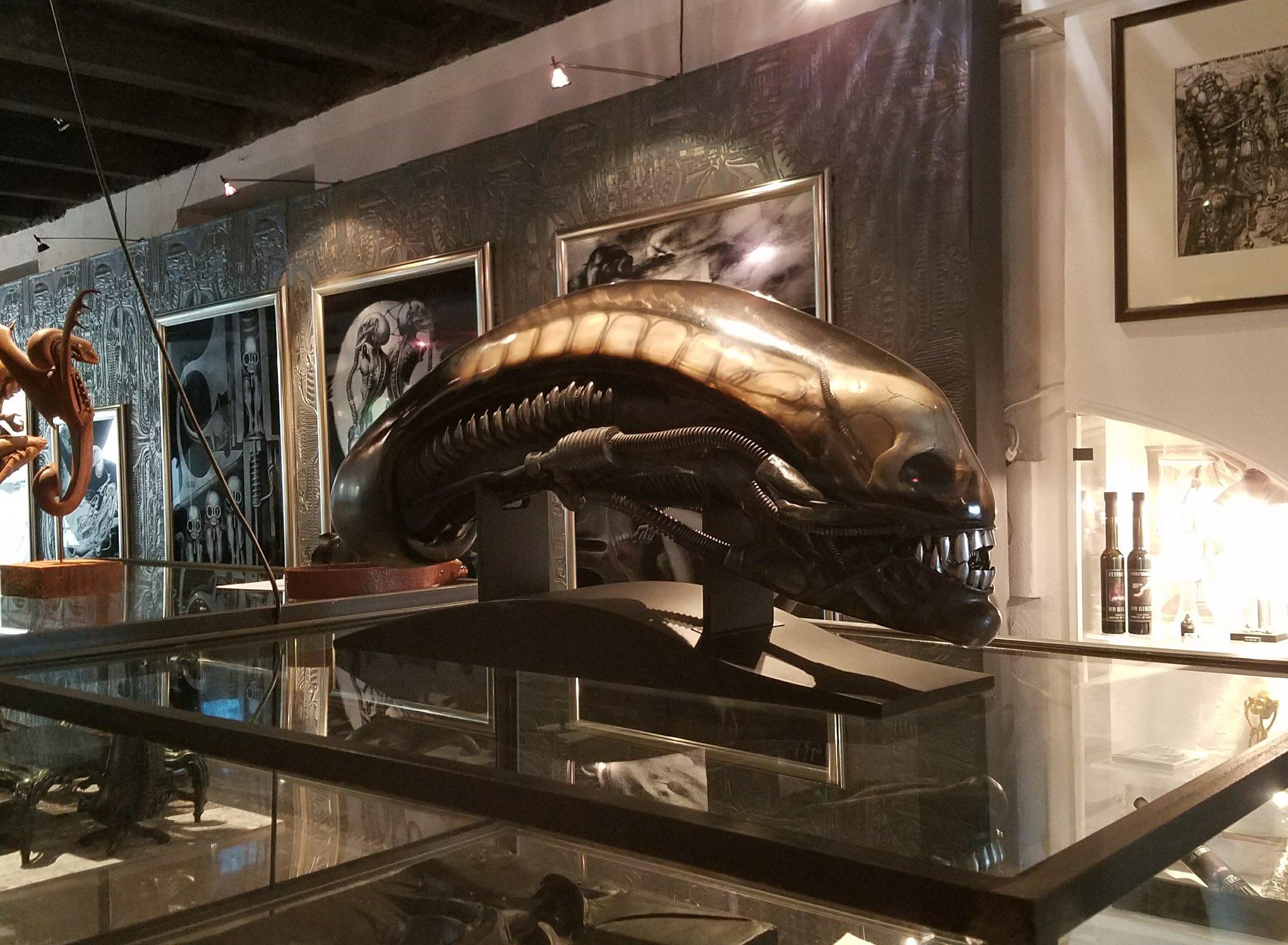 coolprops on twitter hr giger museum alien gigers alien life size head giger. Black Bedroom Furniture Sets. Home Design Ideas