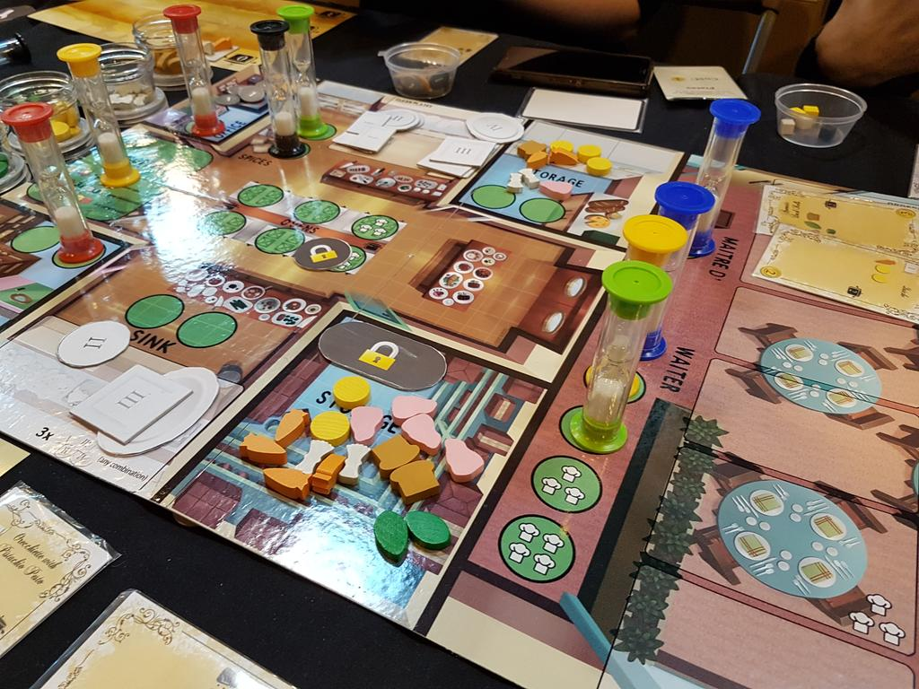 I loved the hectic realtime co op kitchen rush from artipiagames got to play with pip and quinns of shutupshow we kind of wonpic twitter com