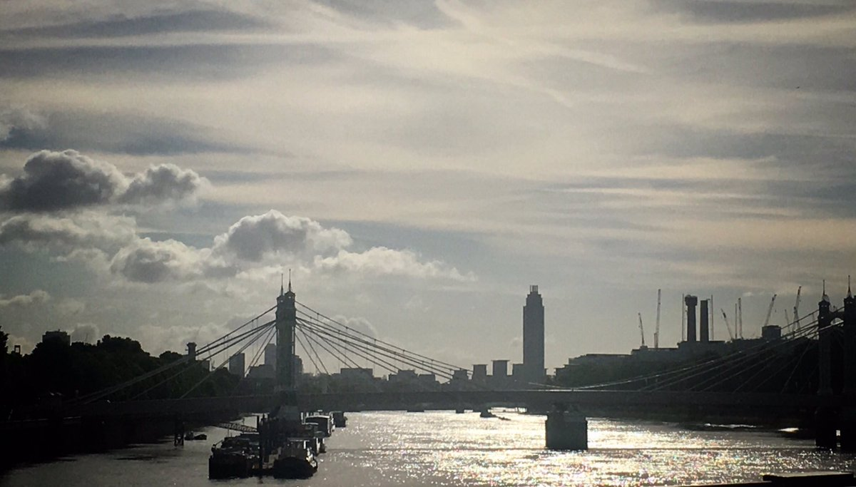 My beautiful city this morning #LondonResilient after last night's #LondonAttack https://t.co/01S8QMLzwc