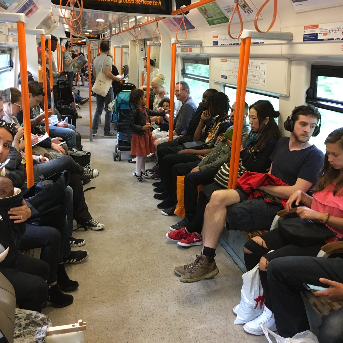 As you can see, we're all too terrified to leave our homes today. #london https://t.co/FYtrKbwU1z
