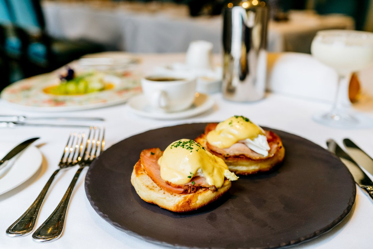 10 perfect spots to celebrate #NationalEggsBenedictDay in New Orleans:  http:// ow.ly/KYYF30cea5y  &nbsp;  <br>http://pic.twitter.com/tzMM5w9T15