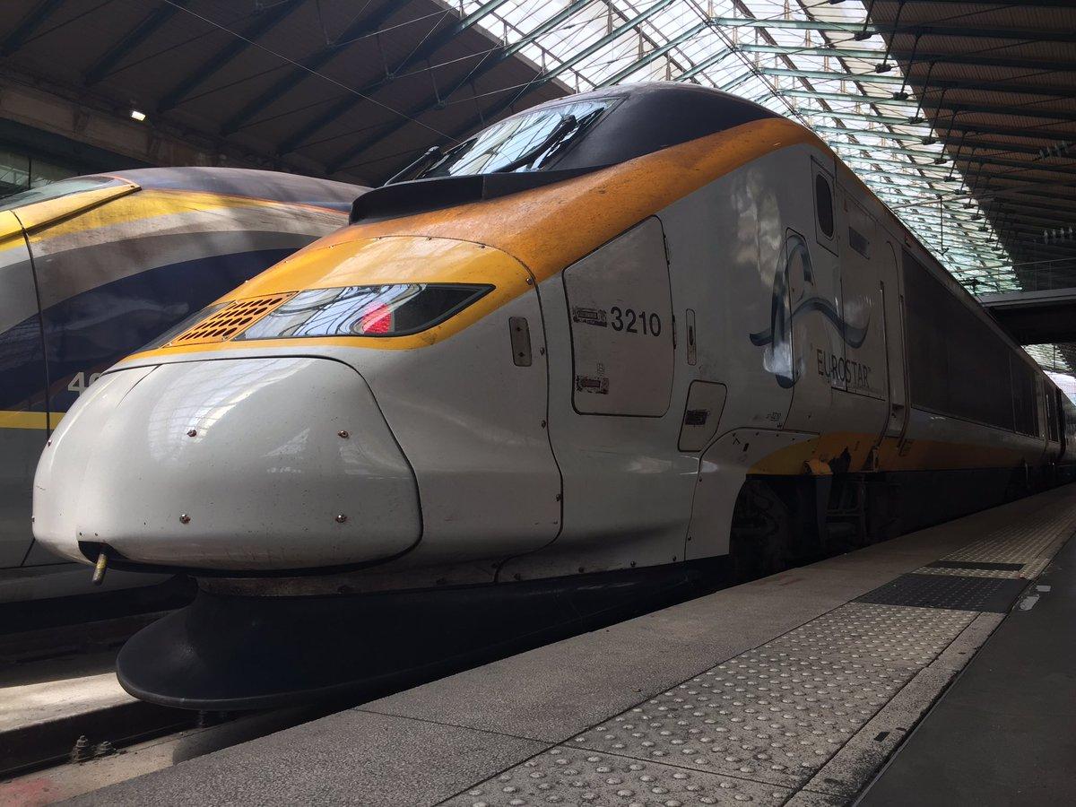 DBevBbxXYAAL 4p - Special livery Eurostars