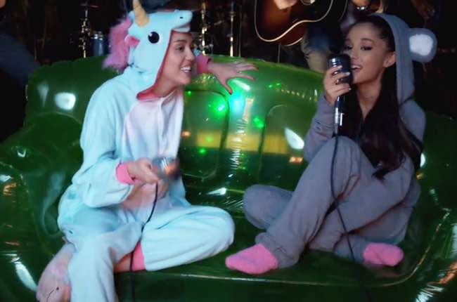 Ariana Grande in diretta live streaming con One Love Manchester su Twitter e YouTube