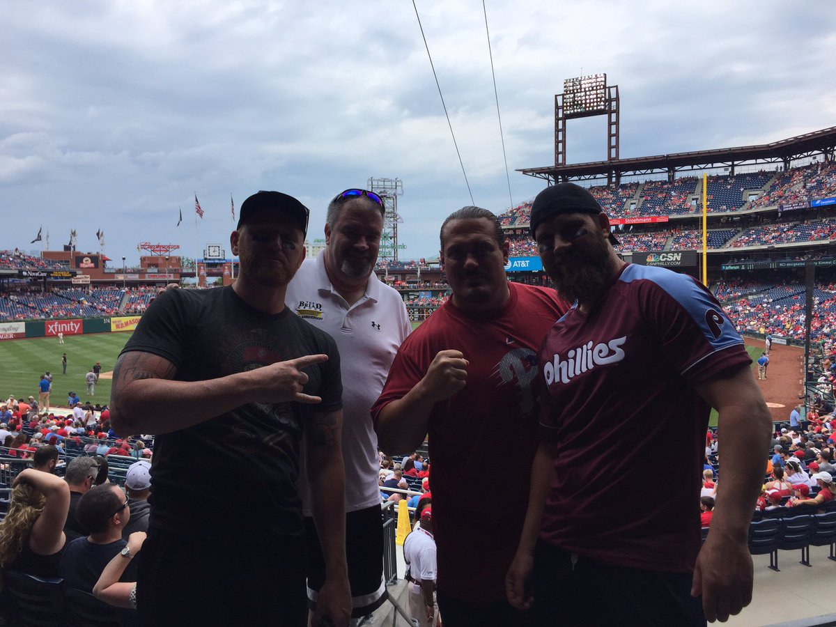 .@Phillies game during the day and tonight @WWE  #ExtremeRules #TheCrew