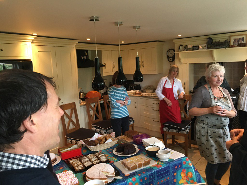 The dress agency widcombe bath - Braving The Showers To Visit Widcombe Hill Open Gardens The Cake At Least Is Dry Https T Co O9u4vzbwgr