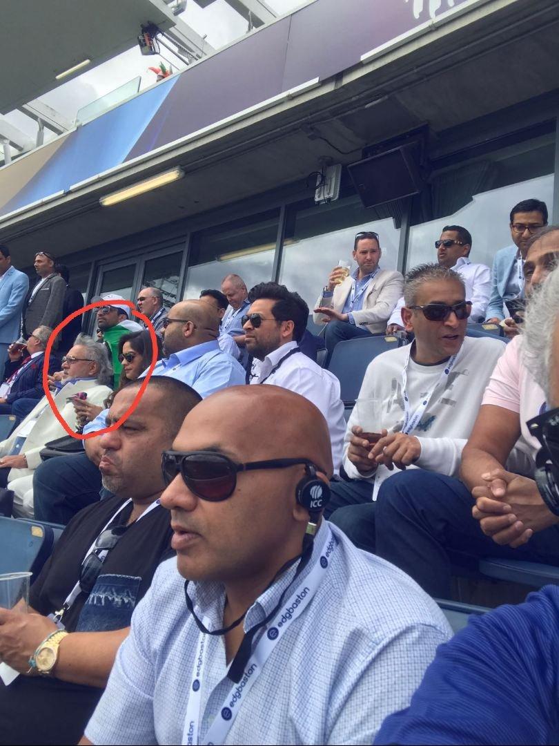 जिसके इशारे पर चलता है आधा भारत, उसी से परेशान हुई भारतीय टीम और कप्तान कोहली, नहीं चाहते है साथ रहना 1