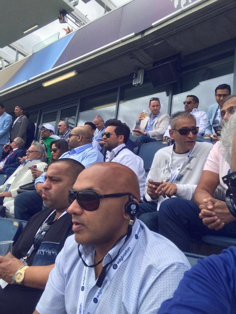 Mallya chilling  in The stadium #VJM #WA https://t.co/RE8ztBJ761