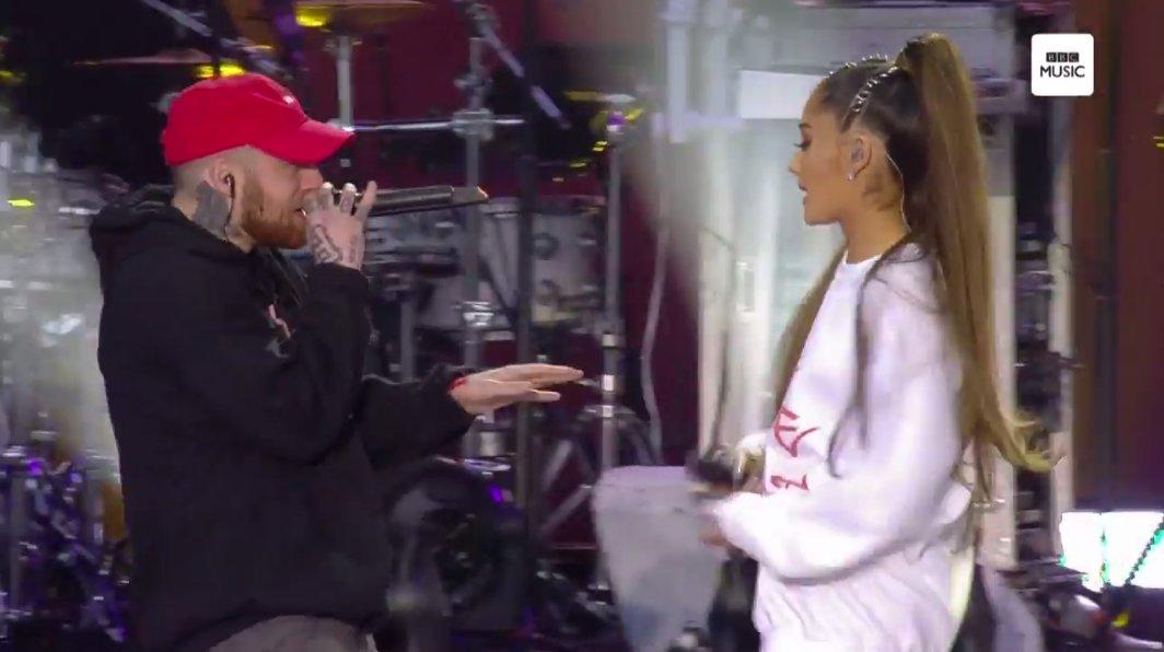 'Hoje é sobre amor, né?', Ari disse antes de chamar Mac Miller pra cantar The Way com ela <3 Casal mais fofo #OneLoveManchester