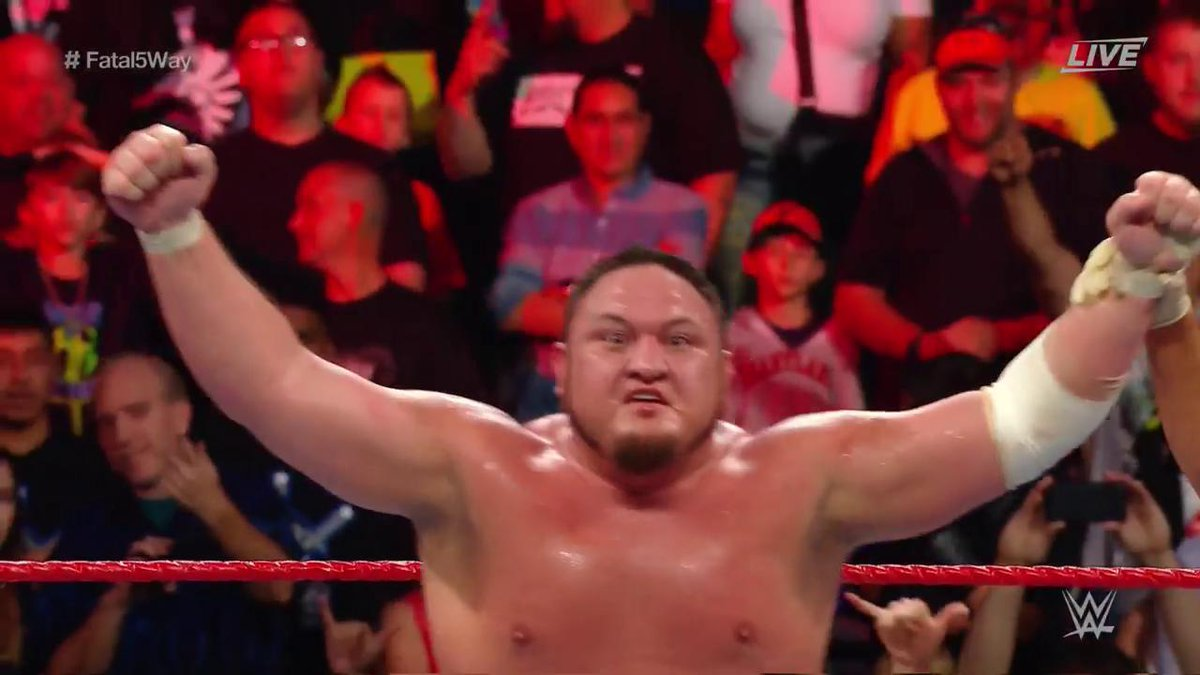 .@SamoaJoe is coming for #TheBeast @BrockLesnar... AND his #UniversalChampionship! #ExtremeRules #Fatal5Way