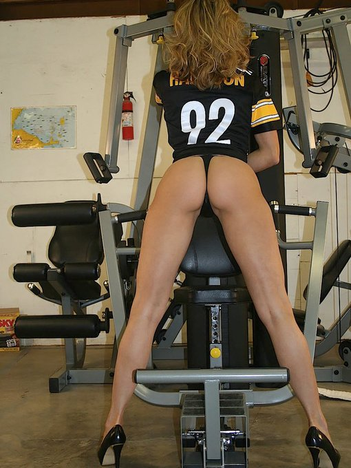 Some of you have AMAZING memories...  here is that #Booty #BrandiPics from my garage you were asking