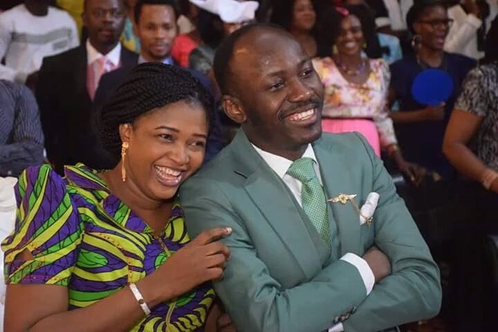 It's my 13th year marriage anniversary today..thank u jesus