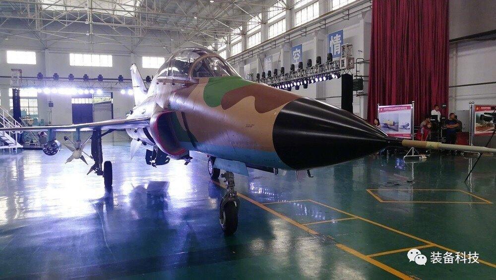 السودان يشترى 6 مقاتلات FTC 2000 DBiL58wUIAApHuZ