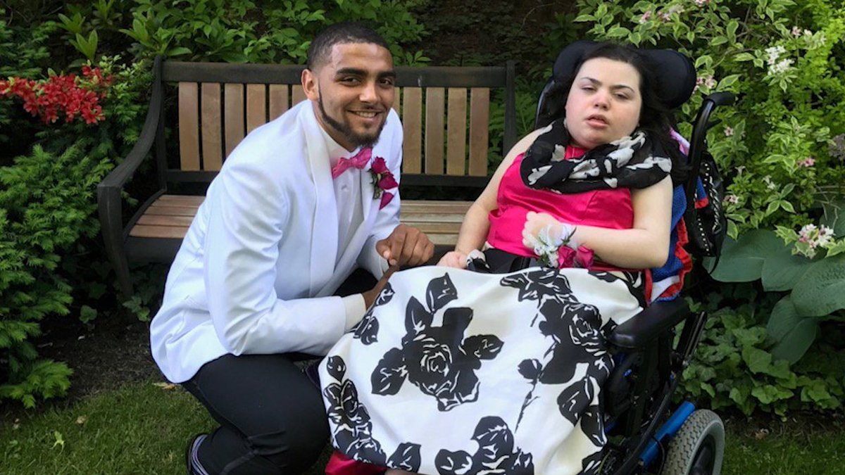 UVM Basketball's Anthony Lamb makes a girl's year by taking her to the Senior Ball. https://t.co/Ko07cEZ5zA